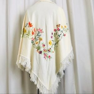 Vintage 70s embroidered wool fringed wrap shawl